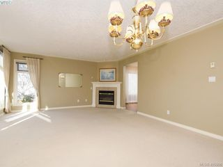 Photo 5: 107 9905 Fifth Street in NORTH SAANICH: Si Sidney North-East Condo Apartment for sale (Sidney)  : MLS®# 405906