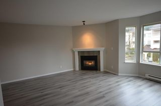 Photo 4: 201 523 WHITING Way in Coquitlam: Coquitlam West Condo for sale : MLS®# R2358664