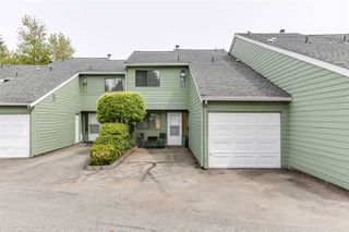"""Photo 4: 3 9994 149 Street in Surrey: Guildford Townhouse for sale in """"TALL TIMBERS"""" (North Surrey)  : MLS®# R2369624"""