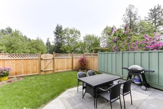 "Photo 3: 3 9994 149 Street in Surrey: Guildford Townhouse for sale in ""TALL TIMBERS"" (North Surrey)  : MLS®# R2369624"