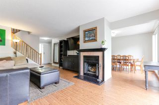 """Photo 8: 3 9994 149 Street in Surrey: Guildford Townhouse for sale in """"TALL TIMBERS"""" (North Surrey)  : MLS®# R2369624"""
