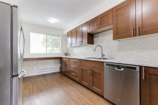 """Photo 5: 3 9994 149 Street in Surrey: Guildford Townhouse for sale in """"TALL TIMBERS"""" (North Surrey)  : MLS®# R2369624"""