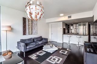 "Main Photo: 1004 788 RICHARDS Street in Vancouver: Downtown VW Condo for sale in ""L'Hermitage"" (Vancouver West)  : MLS®# R2382431"