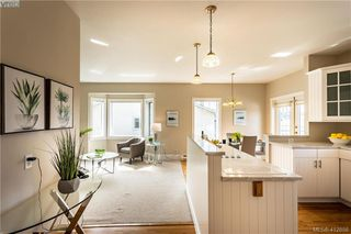Photo 11: 4168 Kensington Place in VICTORIA: SW Northridge Single Family Detached for sale (Saanich West)  : MLS®# 412858