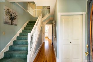 Photo 5: 4168 Kensington Place in VICTORIA: SW Northridge Single Family Detached for sale (Saanich West)  : MLS®# 412858