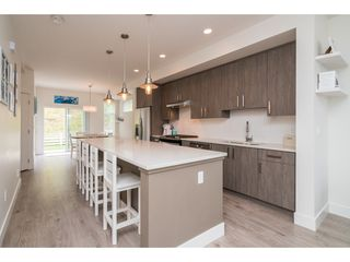 "Photo 3: 9 34230 ELMWOOD Drive in Abbotsford: Central Abbotsford Townhouse for sale in ""Ten Oaks"" : MLS®# R2386873"