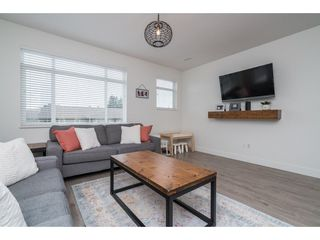 """Photo 10: 9 34230 ELMWOOD Drive in Abbotsford: Central Abbotsford Townhouse for sale in """"Ten Oaks"""" : MLS®# R2386873"""