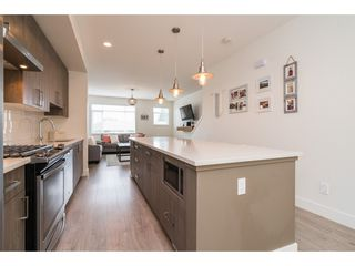 """Photo 5: 9 34230 ELMWOOD Drive in Abbotsford: Central Abbotsford Townhouse for sale in """"Ten Oaks"""" : MLS®# R2386873"""