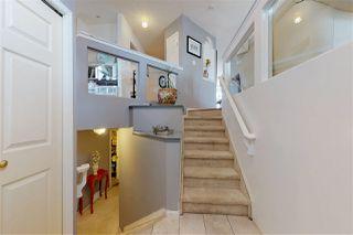 Photo 2: 4044 29 Street in Edmonton: Zone 30 House for sale : MLS®# E4166398