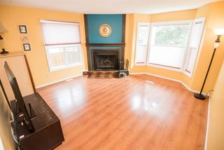Photo 3: 1138 62 Street in Edmonton: Zone 29 House Half Duplex for sale : MLS®# E4168458
