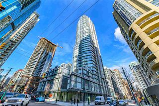 """Main Photo: 3707 1283 HOWE Street in Vancouver: Downtown VW Condo for sale in """"TATE DOWNTOWN"""" (Vancouver West)  : MLS®# R2437480"""