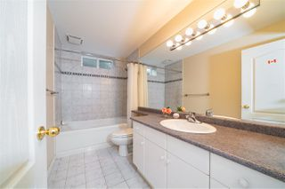 Photo 34: 1417 GORDON Avenue in West Vancouver: Ambleside House for sale : MLS®# R2469903