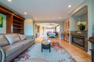Photo 11: 1417 GORDON Avenue in West Vancouver: Ambleside House for sale : MLS®# R2469903