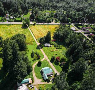 Photo 1: 46751 CHILLIWACK LAKE Road in Chilliwack: Chilliwack River Valley House for sale (Sardis)  : MLS®# R2476789