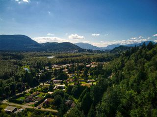 Photo 21: 46751 CHILLIWACK LAKE Road in Chilliwack: Chilliwack River Valley House for sale (Sardis)  : MLS®# R2476789