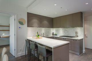 """Photo 6: 315 2118 W 15TH Avenue in Vancouver: Kitsilano Condo for sale in """"Arbutus Ridge"""" (Vancouver West)  : MLS®# R2482591"""