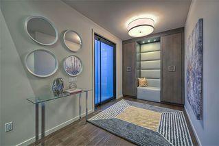 Photo 2: 122 13 Street NE in Calgary: Bridgeland/Riverside Detached for sale : MLS®# A1020453