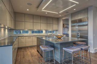 Photo 12: 122 13 Street NE in Calgary: Bridgeland/Riverside Detached for sale : MLS®# A1020453