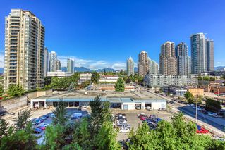 "Photo 15: 805 2355 MADISON Avenue in Burnaby: Brentwood Park Condo for sale in ""OMA"" (Burnaby North)  : MLS®# R2494939"