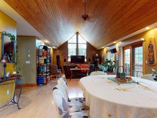 "Photo 5: 426 GOWER POINT Road in Gibsons: Gibsons & Area House for sale in ""Lower Gibsons"" (Sunshine Coast)  : MLS®# R2500650"