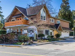 "Photo 1: 426 GOWER POINT Road in Gibsons: Gibsons & Area House for sale in ""Lower Gibsons"" (Sunshine Coast)  : MLS®# R2500650"