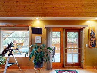 "Photo 6: 426 GOWER POINT Road in Gibsons: Gibsons & Area House for sale in ""Lower Gibsons"" (Sunshine Coast)  : MLS®# R2500650"