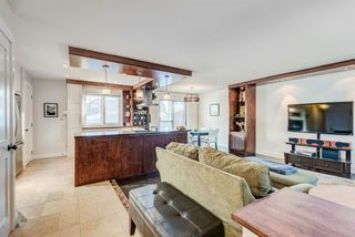 Photo 6: 100 Westwood Drive SW in Calgary: Westgate Detached for sale : MLS®# A1057745