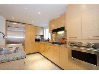 "Photo 7: 402 5958 IONA Drive in Vancouver: University VW Condo for sale in ""ARGYL EAST"" (Vancouver West)  : MLS®# V915002"