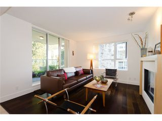 "Photo 4: 402 5958 IONA Drive in Vancouver: University VW Condo for sale in ""ARGYL EAST"" (Vancouver West)  : MLS®# V915002"