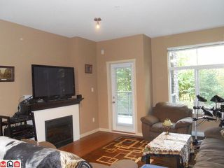 Photo 3: 106 33338 E BOURQUIN Crescent in Abbotsford: Central Abbotsford Condo for sale : MLS®# F1225319