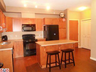 Photo 2: 106 33338 E BOURQUIN Crescent in Abbotsford: Central Abbotsford Condo for sale : MLS®# F1225319