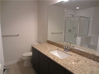 Photo 6: # 212 - 245 Ross Drive in New Westminster: Fraserview NW Condo for sale : MLS®# V989809