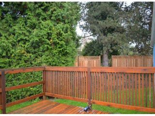 "Photo 10: 110 8224 134 Street in Surrey: Queen Mary Park Surrey Manufactured Home for sale in ""Westwood Gate"" : MLS®# F1322343"