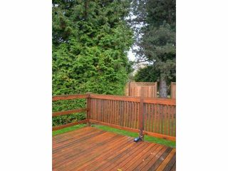 "Photo 11: 110 8224 134 Street in Surrey: Queen Mary Park Surrey Manufactured Home for sale in ""Westwood Gate"" : MLS®# F1322343"