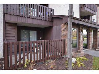 Photo 2: 32 Novavista Drive in WINNIPEG: St Vital Condominium for sale (South East Winnipeg)  : MLS®# 1323871