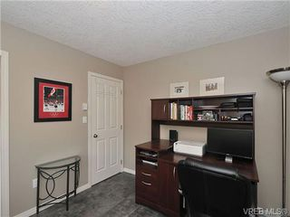 Photo 13: 104 Thetis Vale Cres in VICTORIA: VR Six Mile House for sale (View Royal)  : MLS®# 656097