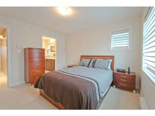 "Photo 11: 720 ORWELL Street in North Vancouver: Lynnmour Townhouse for sale in ""WEDGEWOOD"" : MLS®# V1050702"