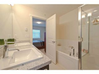 "Photo 14: 720 ORWELL Street in North Vancouver: Lynnmour Townhouse for sale in ""WEDGEWOOD"" : MLS®# V1050702"
