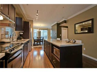 "Photo 4: 720 ORWELL Street in North Vancouver: Lynnmour Townhouse for sale in ""WEDGEWOOD"" : MLS®# V1050702"
