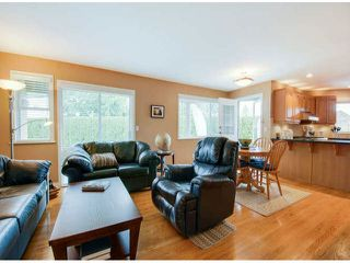 """Photo 12: 13416 14TH Avenue in Surrey: Crescent Bch Ocean Pk. House for sale in """"MARINE TERRACE"""" (South Surrey White Rock)  : MLS®# F1406776"""