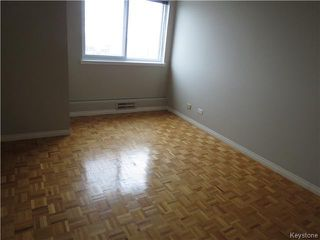 Photo 6: 300 Roslyn Road in WINNIPEG: Fort Rouge / Crescentwood / Riverview Condominium for sale (South Winnipeg)  : MLS®# 1501407