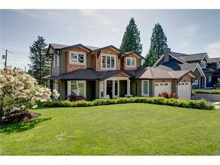 "Main Photo: 905 BEAUMONT Drive in North Vancouver: Edgemont House for sale in ""EDGEMONT"" : MLS®# V1101927"