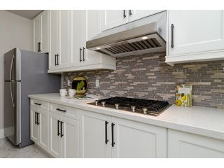 """Photo 7: 1360 MAPLE Street: White Rock House for sale in """"White Rock"""" (South Surrey White Rock)  : MLS®# F1443676"""