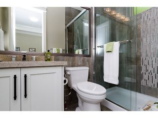 """Photo 11: 1360 MAPLE Street: White Rock House for sale in """"White Rock"""" (South Surrey White Rock)  : MLS®# F1443676"""