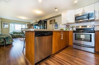 Photo 10: 310 14960 102A Avenue in Surrey: Guildford Condo for sale (North Surrey)  : MLS®# R2040831