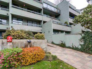 "Photo 1: 306 2119 BELLEVUE Avenue in West Vancouver: Dundarave Condo for sale in ""BELLEVUE GARDENS"" : MLS®# R2048496"