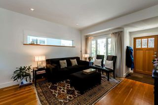 Photo 2: 719 E 28TH Avenue in Vancouver: Fraser VE House for sale (Vancouver East)  : MLS®# R2062178
