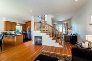Photo 4: 719 E 28TH Avenue in Vancouver: Fraser VE House for sale (Vancouver East)  : MLS®# R2062178
