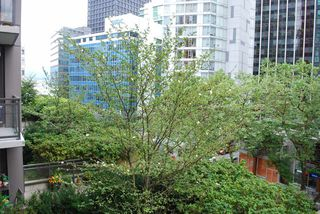 Photo 3: 501 1211 MELVILLE Street in Vancouver: Coal Harbour Condo for sale (Vancouver West)  : MLS®# R2088230