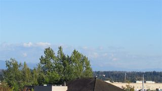 """Photo 4: 208 6390 196 Street in Langley: Willoughby Heights Condo for sale in """"Willowgate"""" : MLS®# R2106992"""